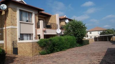 Property For Sale in Sonneveld, Brakpan