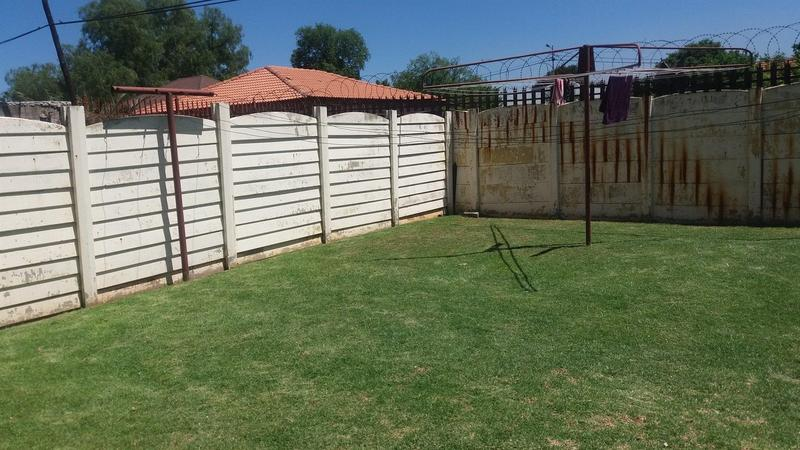 Property For Sale in Dalview, Brakpan 4