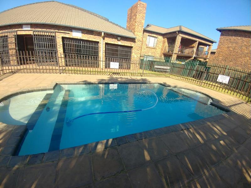 Property For Sale in Sonneveld, Brakpan 1