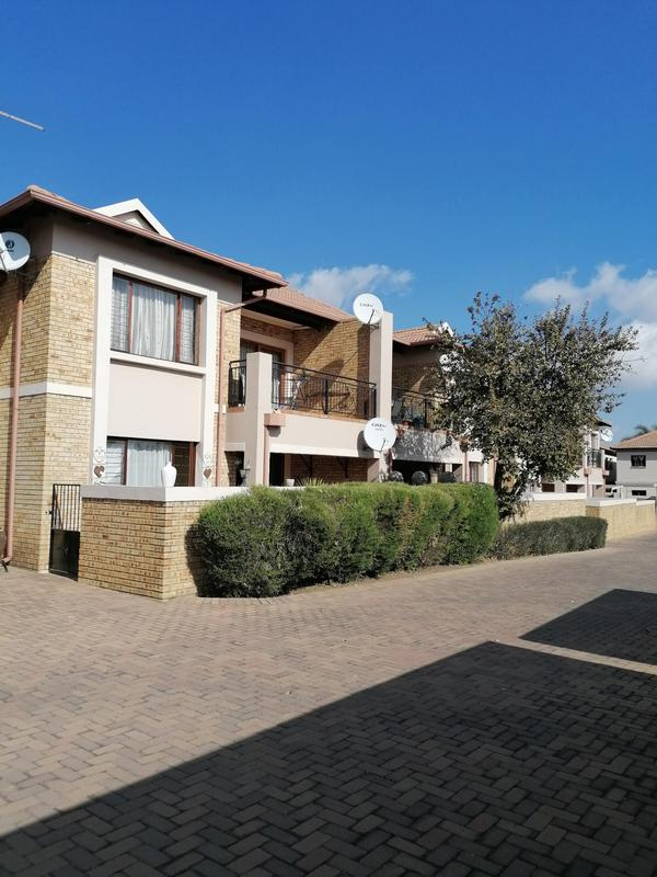 Property For Sale in Sonneveld, Brakpan 6