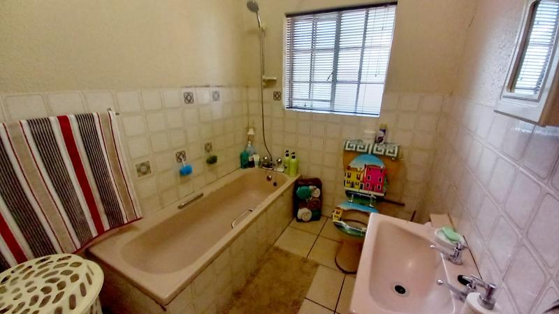 Property For Sale in Rand Colleries, Brakpan 6